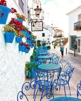 architecture-blue-bright-2277653.jpg